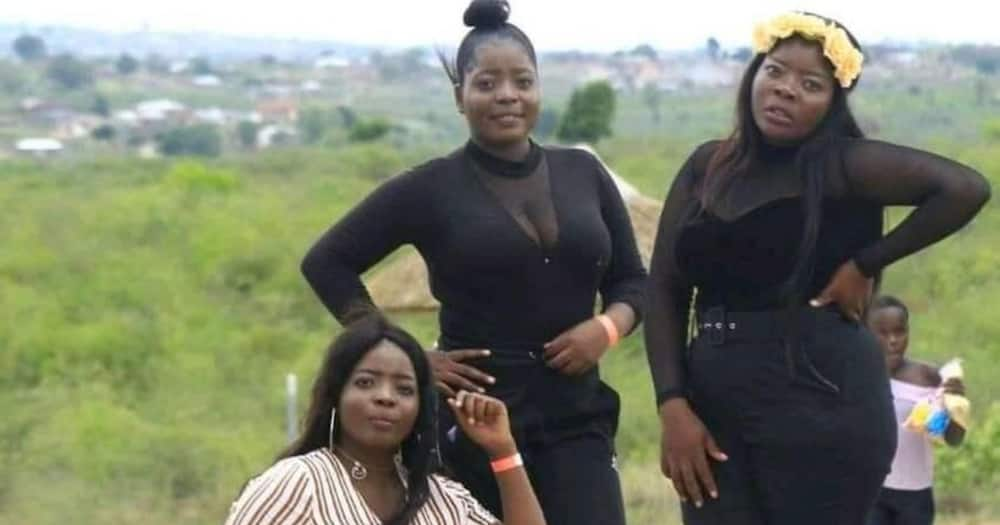 Mzansi triplets share beautiful pic of themselves
