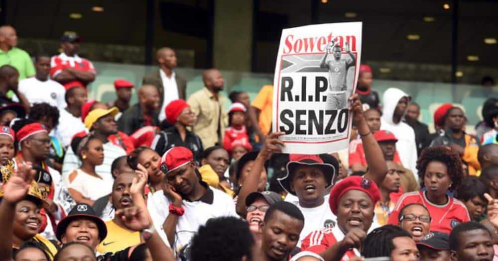 """SA reacts to start of Senzo Meyiwa trial: """"SAPS is clowning again"""""""