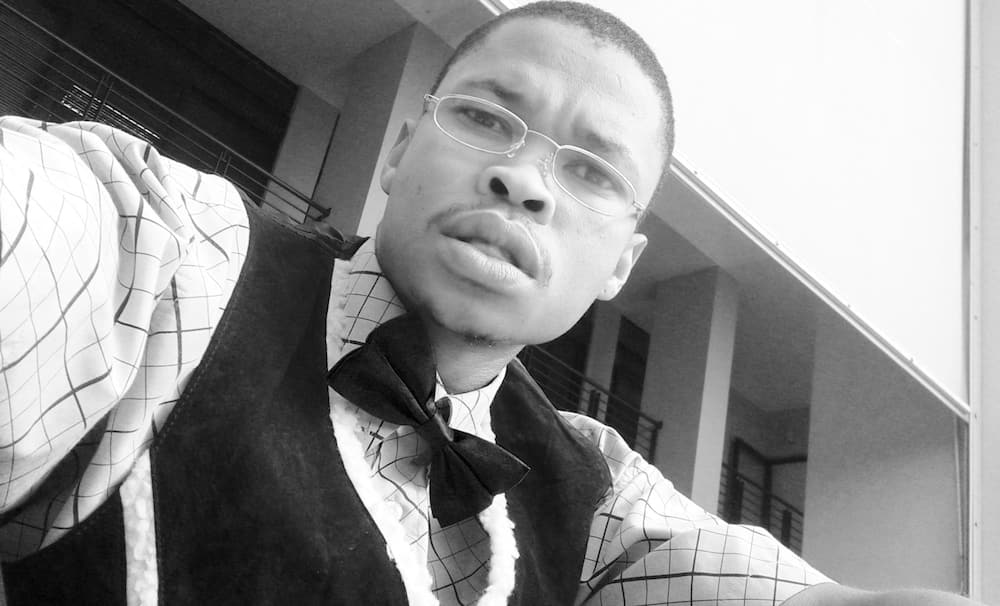 Zenzo Ngqobe bio
