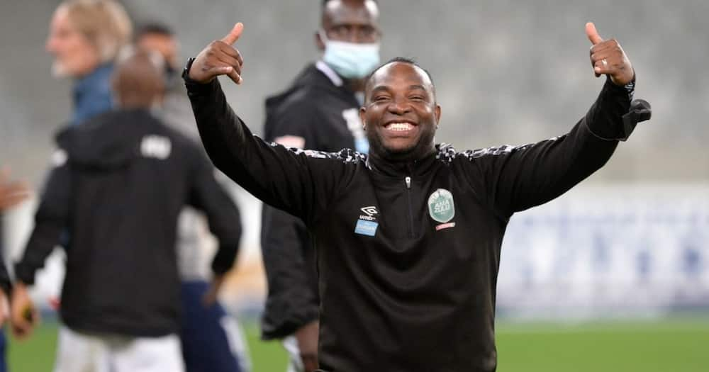 """Benni McCarthy trends for making nasty comments: """"That's why you're broke"""", Kaitano Tembo, AmaZulu, SuperSport United, DStv Premiership"""