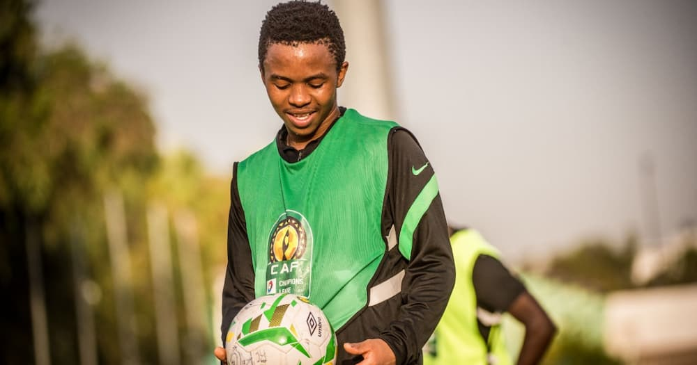 Nkosingiphile Ngcobo, Kaizer Chiefs, DStv Premiership, youngster, starting line-up