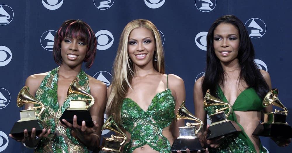 Destiny's Child: Michelle, Kelly and Beyoncé catch up and fans are joyful
