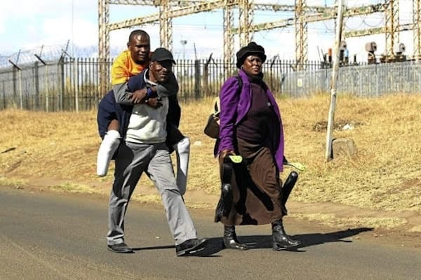 Tebogo pictured with his parents. Source: Sowetan Live