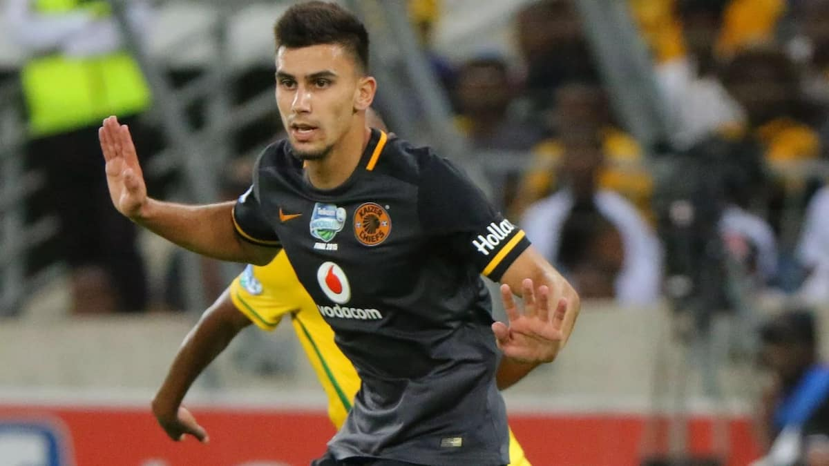 Kaizer Chiefs mull Gordinho recall as defensive frailties exposed