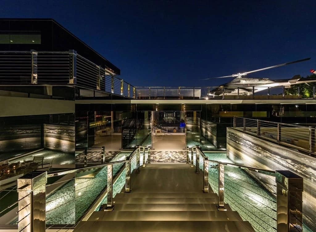 Photos of world's most expensive home, which is selling for over R7.2 billion