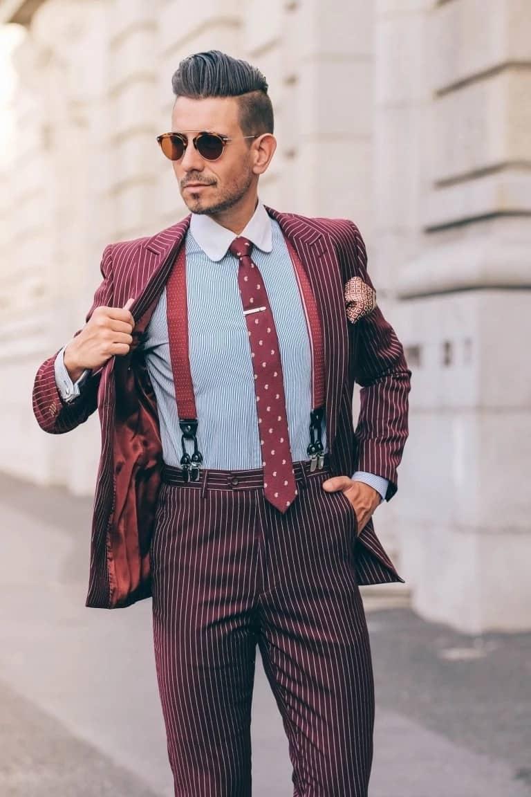 A man models suspenders. Source: whatmyboyfriendwore.com