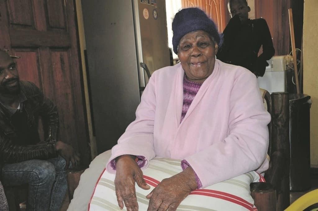 Gogo Nowayilesi Cila turned 100 on 7 July. Source: Daily Sun/Lulekwa Mbadamane