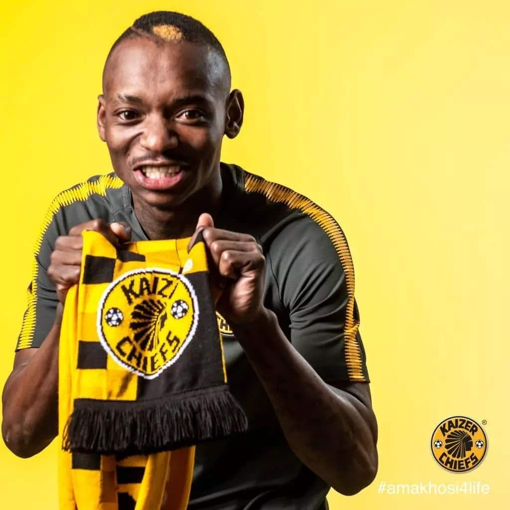 Kaizer Chiefs Coach Solinas heaps praise on marksmen Khama Billiart