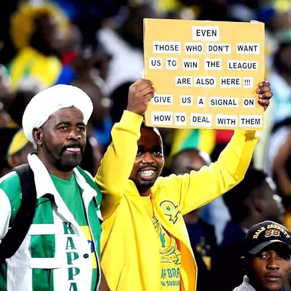 A Mamelodi Sundowns fan with a hilarious message. Source: Facebook/Neo Samuel Maneng