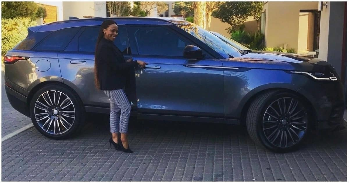 Beautiful woman in mining shows off her 'new baby', a Land Rover