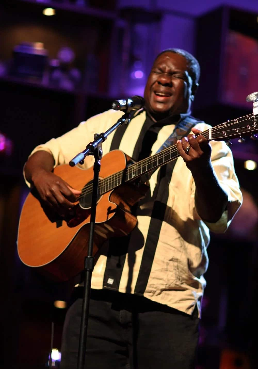 Legendary musician Vusi Mahlasela during a performance. Source: Google