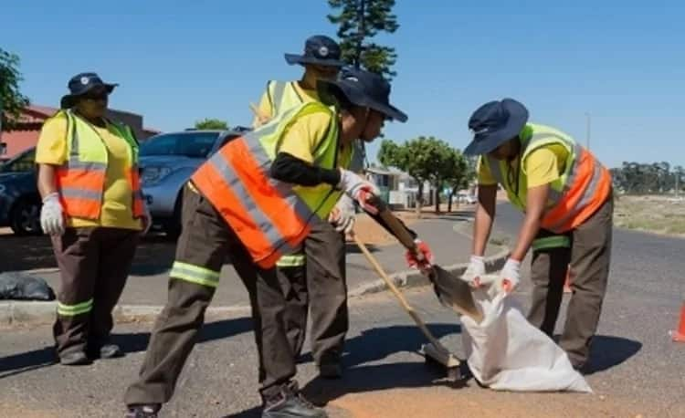 Some of the women added to the road-repair team. Source: City of Cape Town