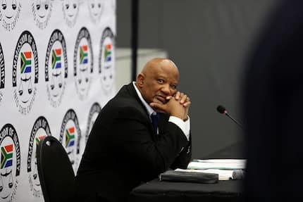 5 explosive reactions after Mcebisi Jonas revealed Guptas threatened him