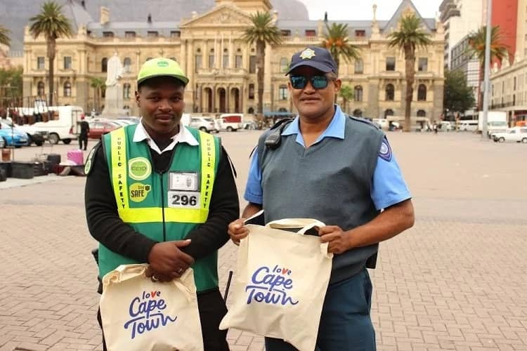 The City of Cape Town recognised Abongile and Ridwaan for their bravery. Source: Times Live