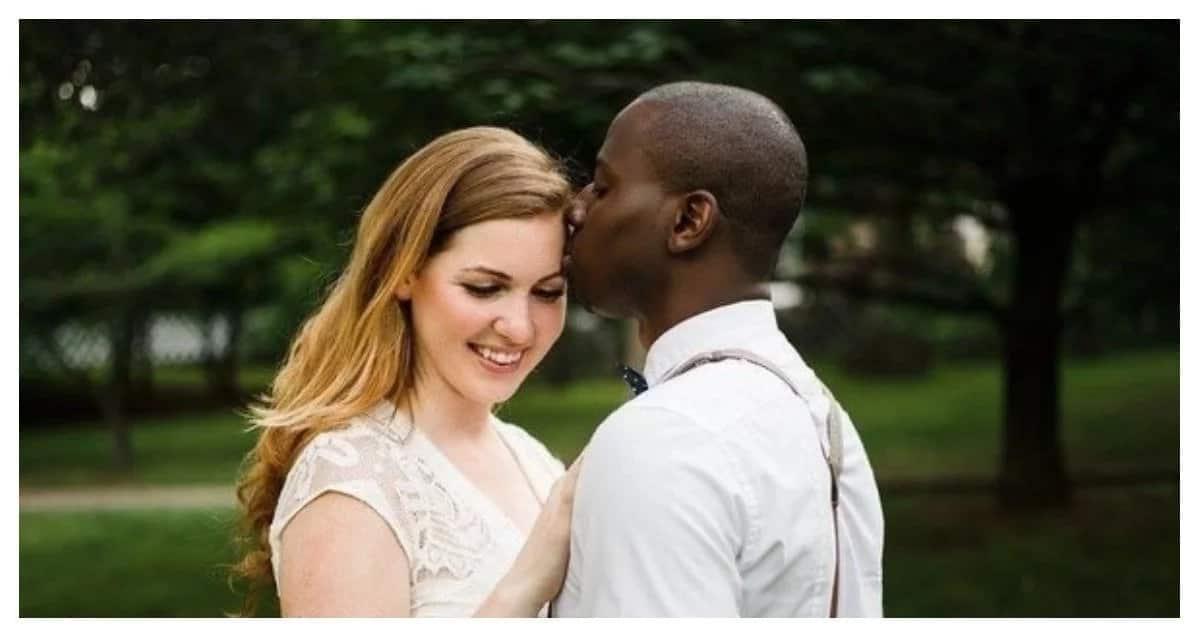 Opas dating valkoinen kaveri