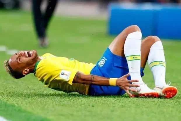 Hilarious KFC advert mocks Brazilian footballer Neymar for over-acting