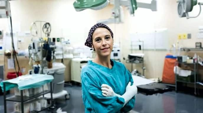 Liana Roodt offers free breast cancer surgery. Source: Beautiful News