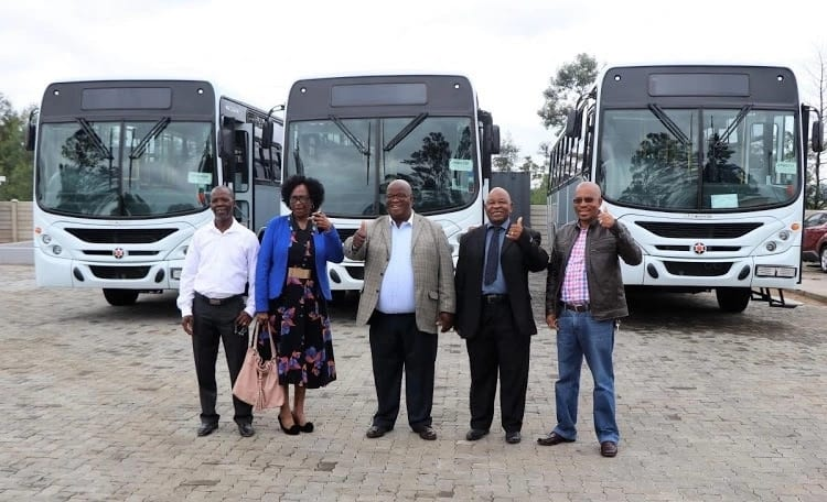 Taxi drivers turn into bus owners: How 10 men now own a lucrative business