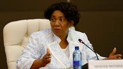Halala: October school holidays to go ahead, says Angie Motshekga