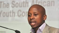 Andile Lungisa has until Thursday to hand himself in to authorities