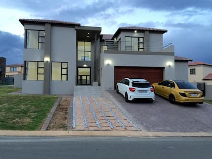 Emtee house 2018 - inside pics and worth