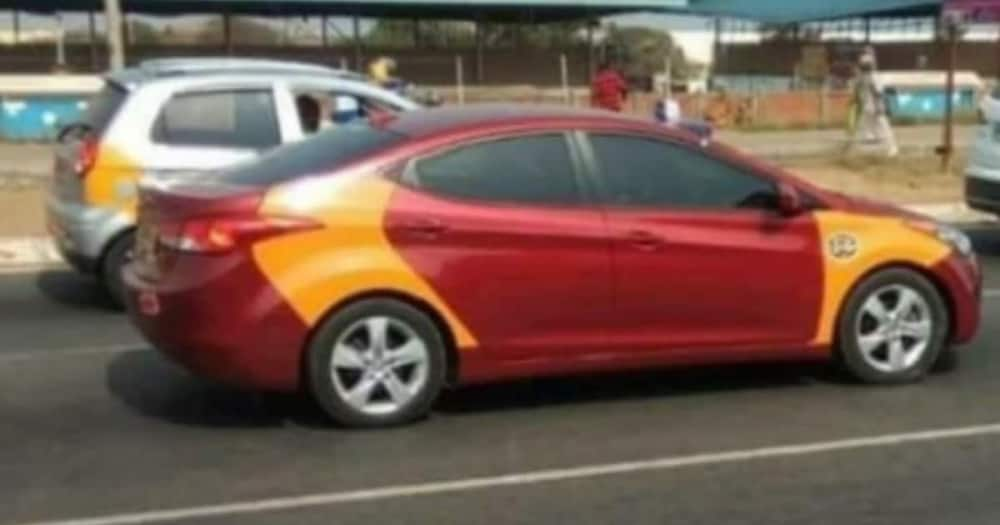 Taxi driver narrates how R3 000 left in his car now haunts him after he spent it