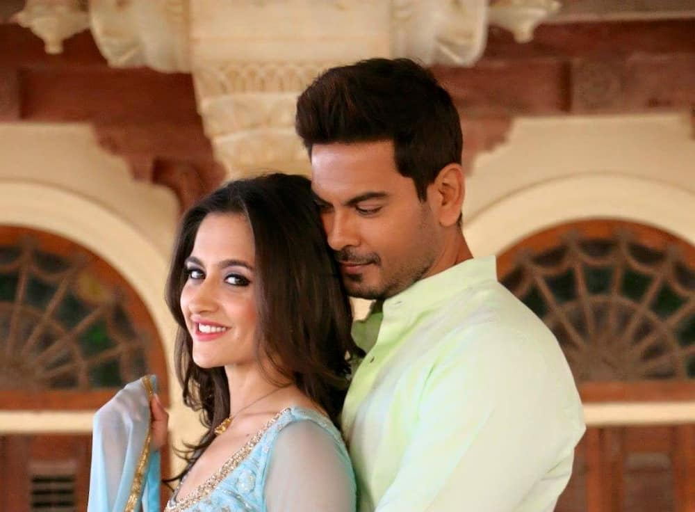 Waiting for Love teasers for October 2021: Suman reveals Kamini's location