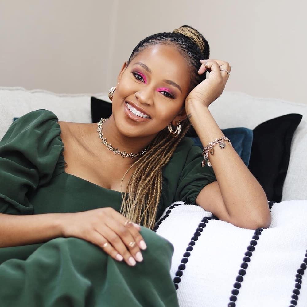 Mpoomy Ledwaba bio: age, baby, spouse, sister, podcast, YouTube, profiles