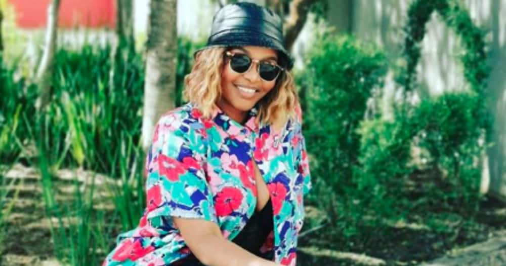 Simphiwe Dana and Moonchild Sanelly are working on music together