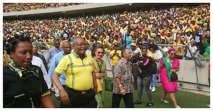 Jacob Zuma thanks fans for their support at the Moses Mabhida Stadium