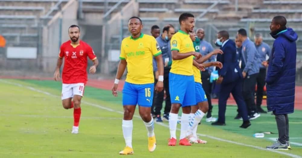 SAFA has vowed to probe the Mamelodi Sundowns' fan incident against Al Ahly. Image: @Masandawana/Twitter