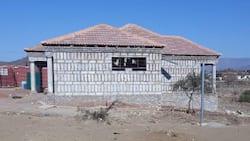 Strangely built house in rural village has Mzansi raising their eyebrows