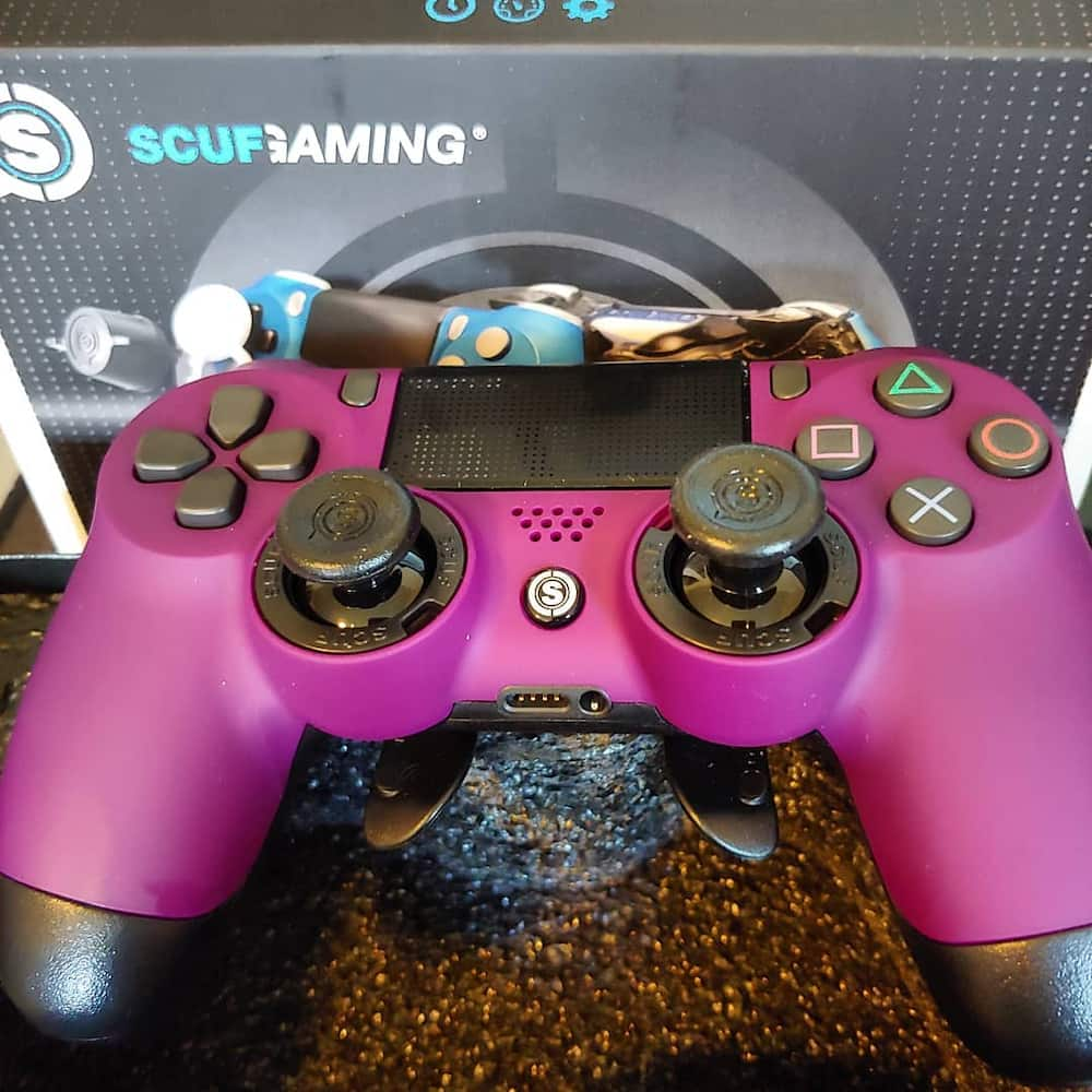 difference between a regular and SCUF controller