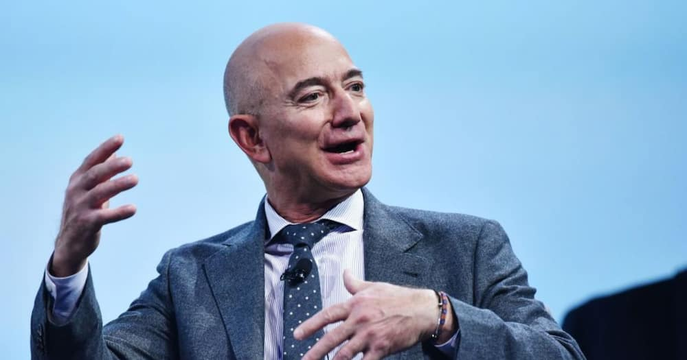 Jeff Bezos, Space exploration, Let back on Earth, 185 000, Petition