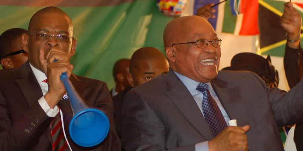 """Ace Magashule Stands Behind Jacob Zuma: """"He Must Be Supported at All Times"""""""
