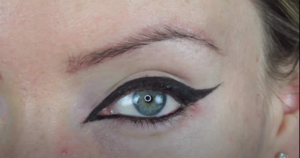 Cool eyeliner looks