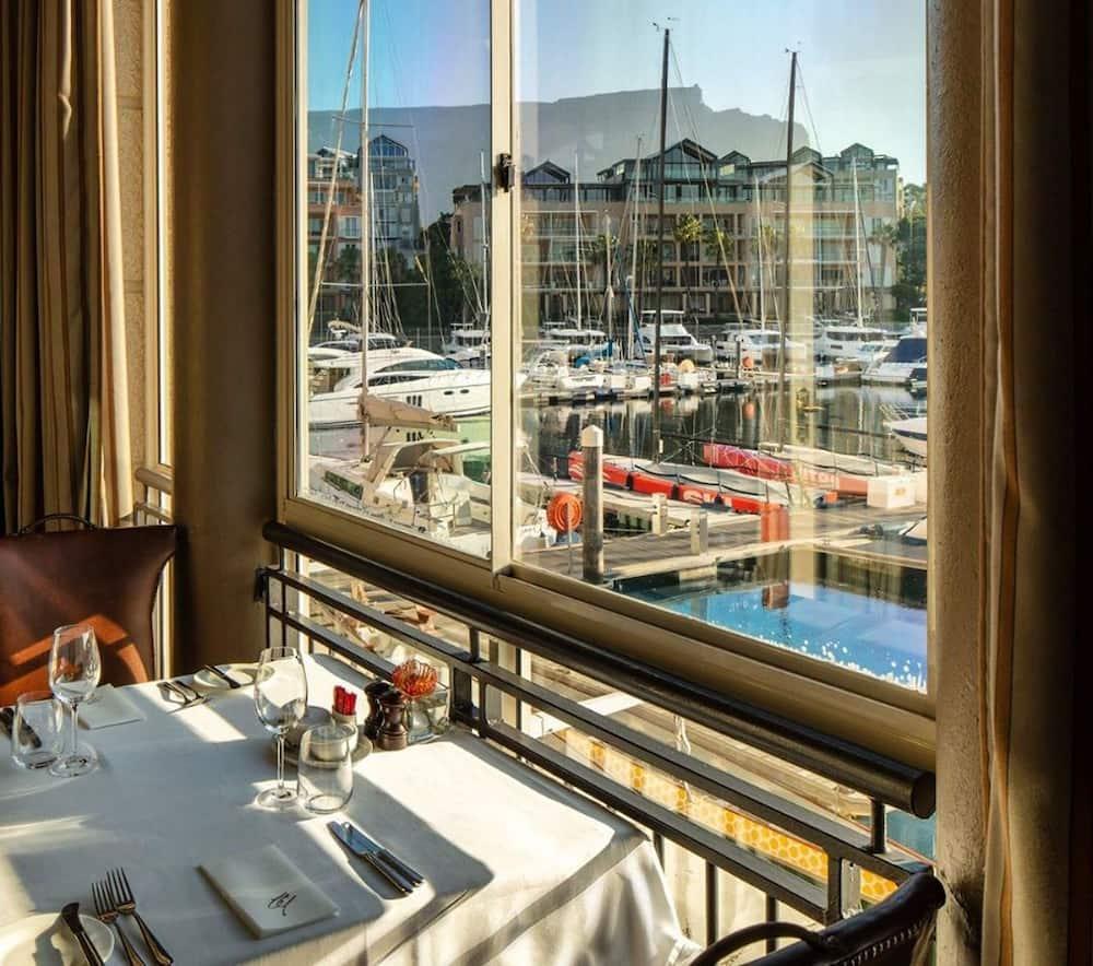 Top 15 luxury hotels