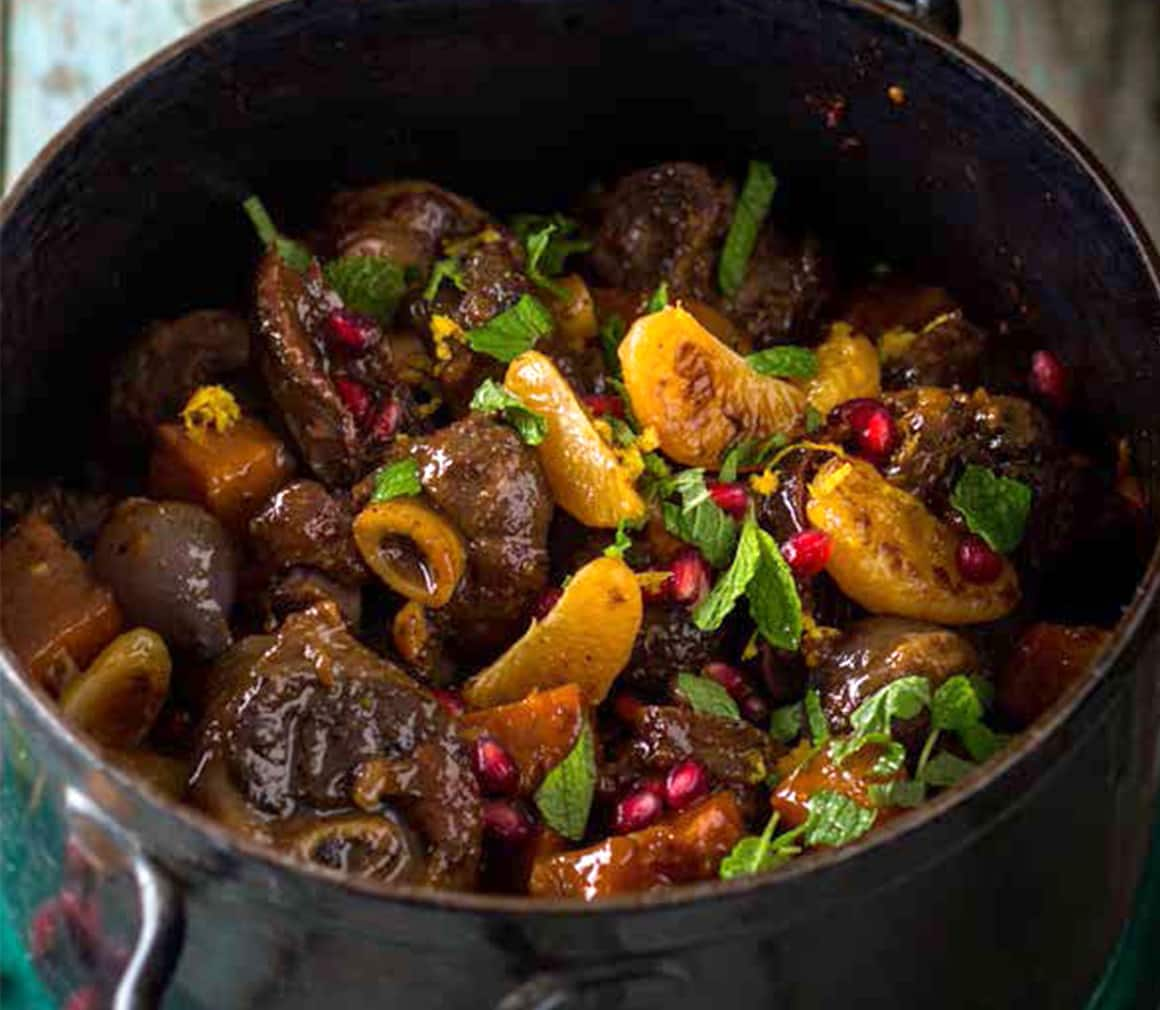 how to make potjiekos lamb knuckle potjie  how to make a potjie