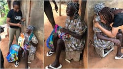 Little things: Kind lady gives blind woman and hubby new lamp, rice, other food items