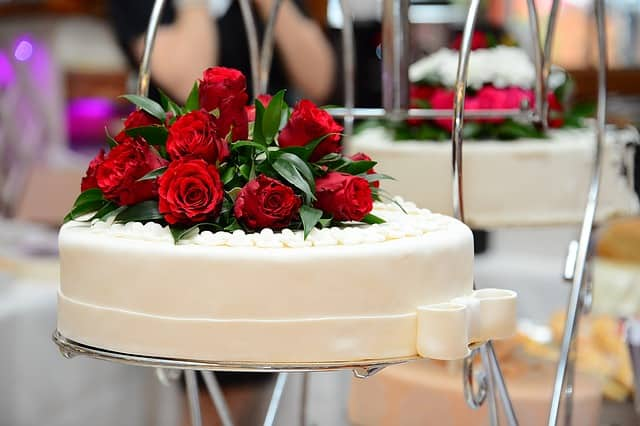 Wedding Cake Flavors.The Most Popular Wedding Cakes Flavors Of 2019