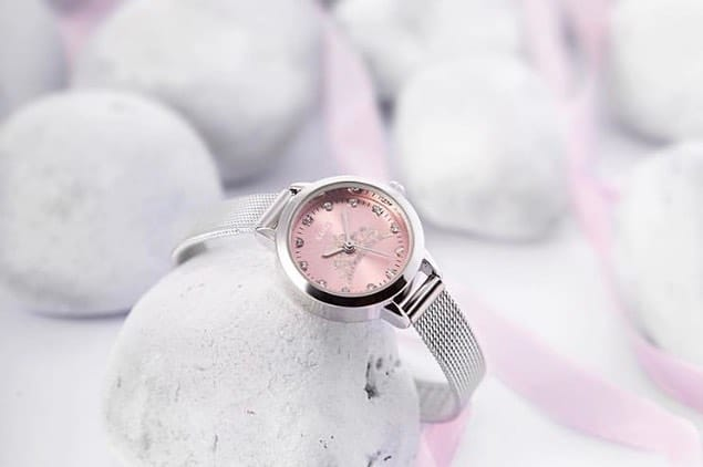 Customized fashion watches