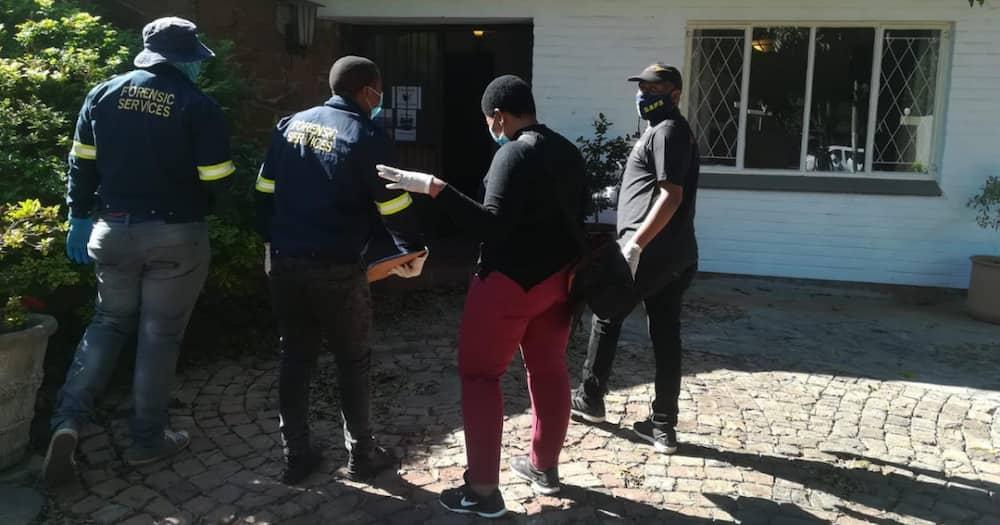 5 alleged human traffickers arrested after Hawks raid properties