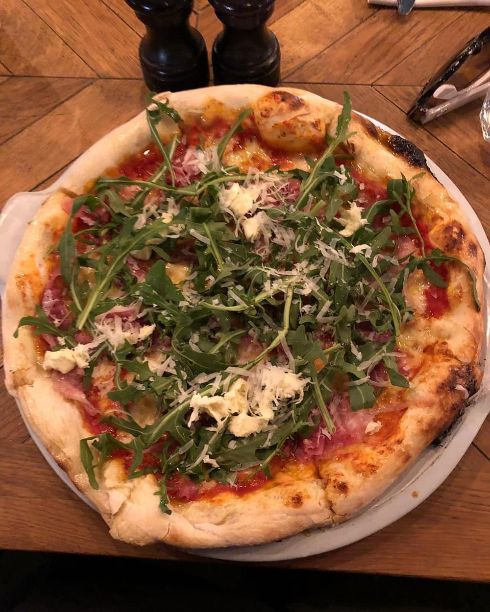 pizza restaurants