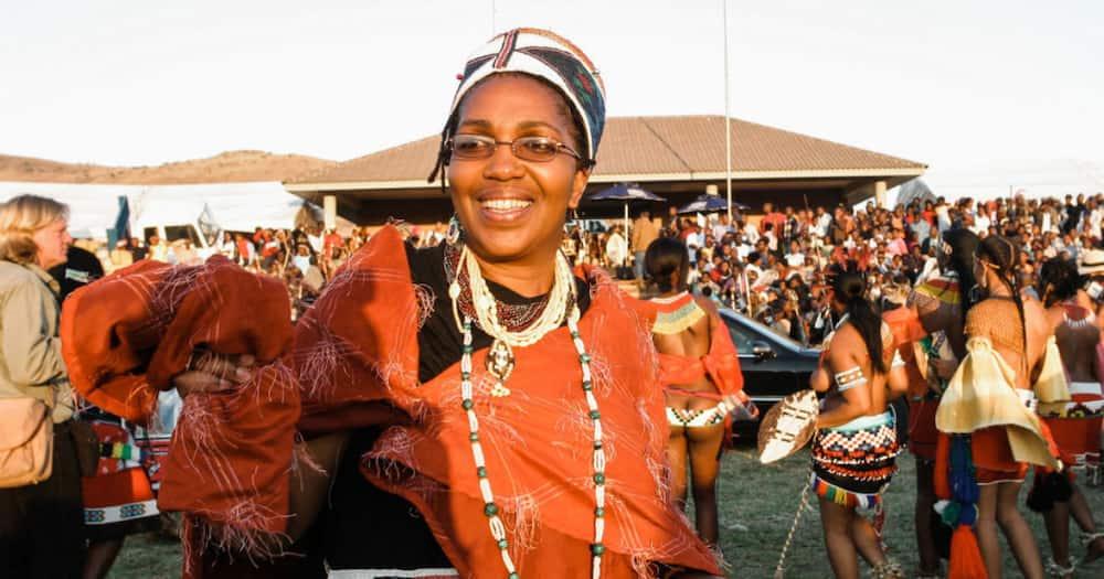 Queen Shiyiwe Mantfombi Dlamini Zulu, Regent of Zulu Nation, Dies