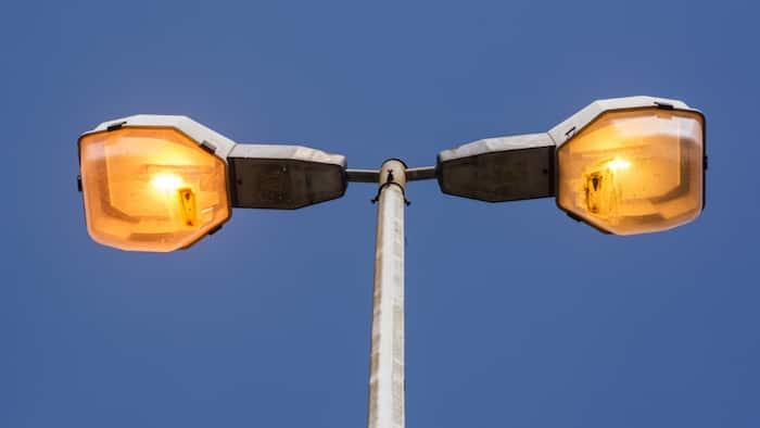 Parts of Johannesburg and Ekuruhuleni left in the dark as criminals target streetlights