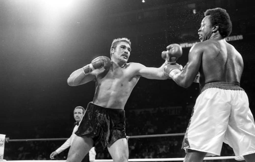 This historic day: Gerrie Coetzee wins world heavyweight title