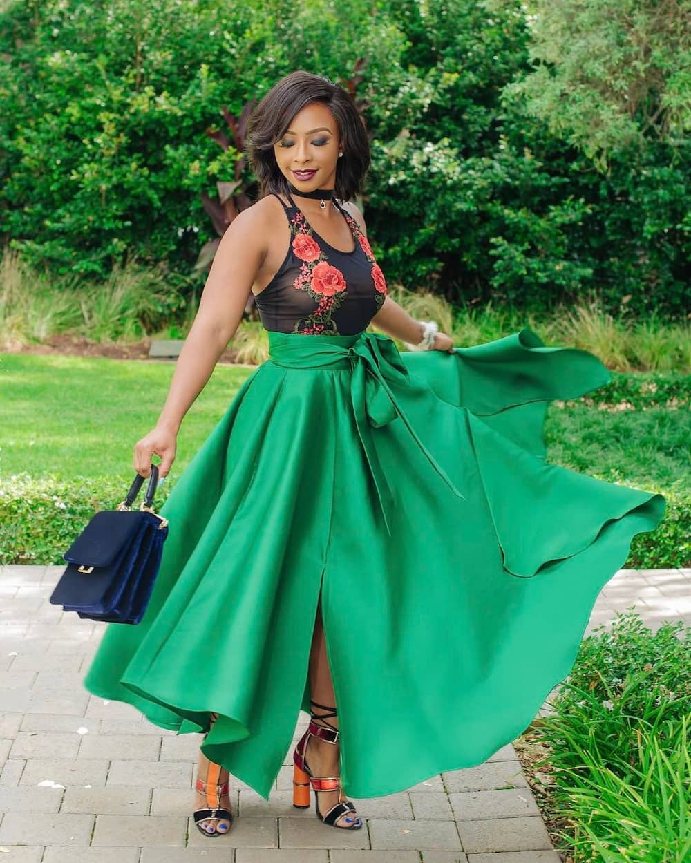 Boity Thulo flaunts her natural beauty serving major skin goals