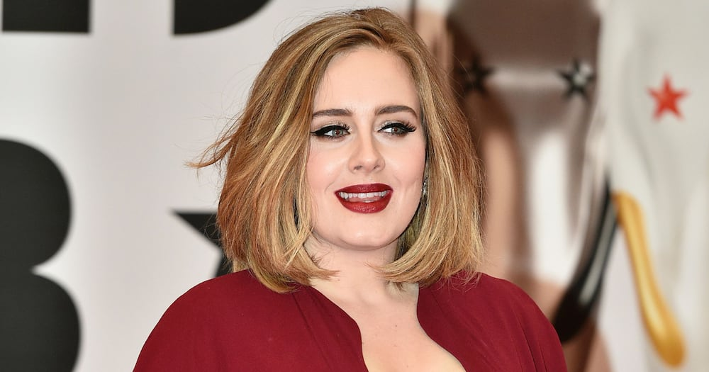 Adele is not paying spousal support after divorce from ex husband