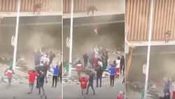 """""""Heartbreaking scenes"""": Citizens rescue toddler from burning building in KZN"""