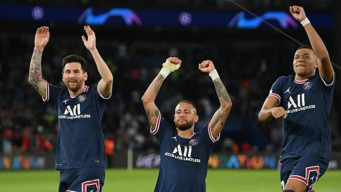 Mbappe passes stunning message to Messi and Neymar which will stun all football fans